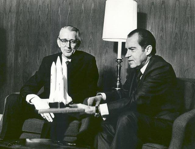 e-Commerce Images - Richard Nixon